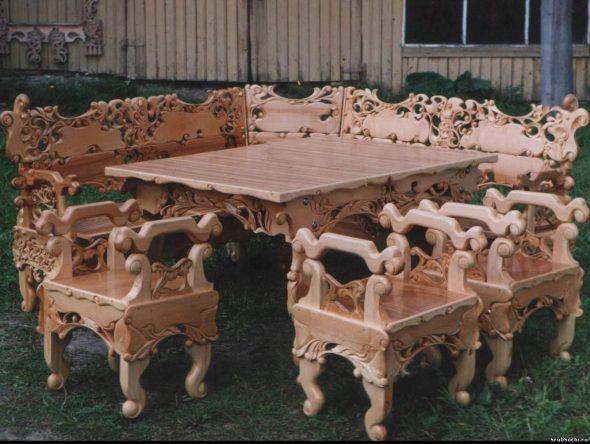 Уличный комплект резной мебели