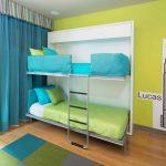 Яркий интерьер в детской комнате