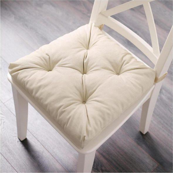 Делаем подушки на стулья