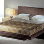 Мозаика в текстиле спальни