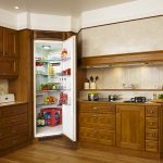 Очень необычный угловой холодильник