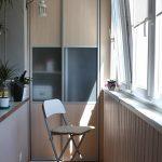Оригинальный шкаф на балконе