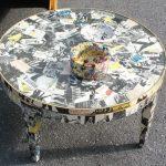 Пример декупажа столика вырезками