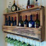Самодельная полка для алкоголя