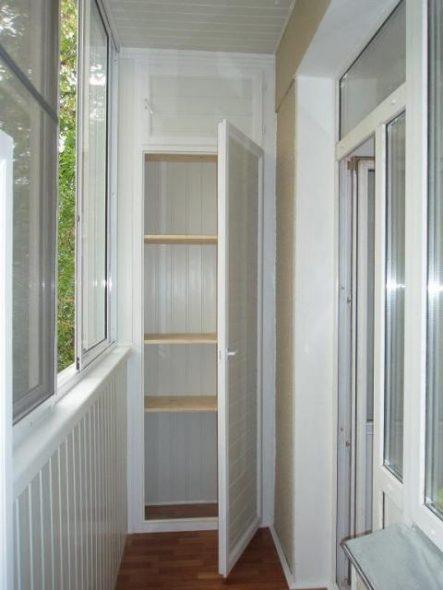 Шкаф из пластиковых панелей