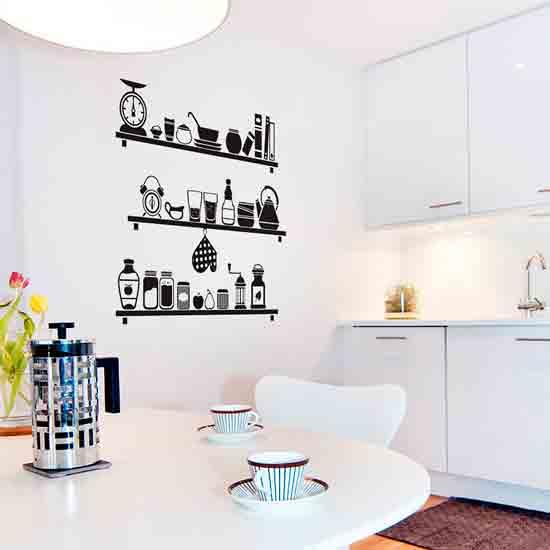 Виниловые наклейки на стенке кухни