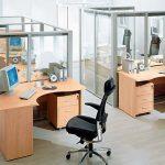 Зонирование при помощи офисной мебели