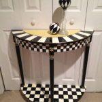 Черно-белый вариант стола ручной работы