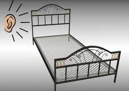 Скрипит металлическая кровать