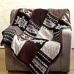 Интересный плед для дивана ручной работы