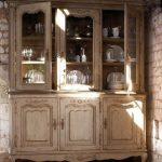 Качественная искусственно состаренная мебель в стиле прованс