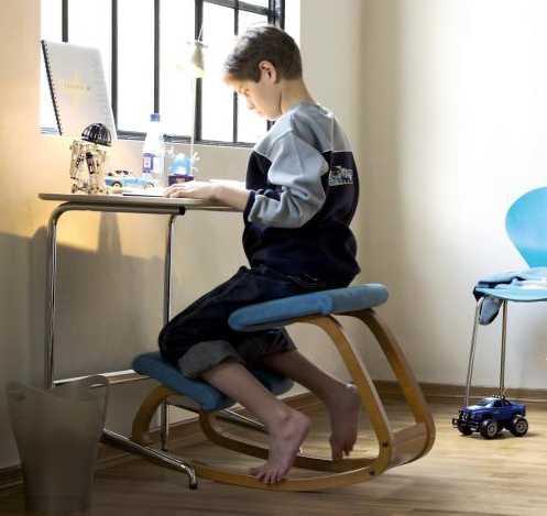 Коленный стул с подвижной основой