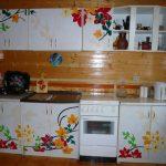Красивый декор для кухни в дачном домике