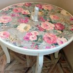 Круглый цветочный столик своими руками