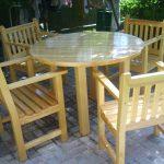 Круглый стол и стулья своими руками