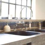 Необычные стильные кухонные поверхности