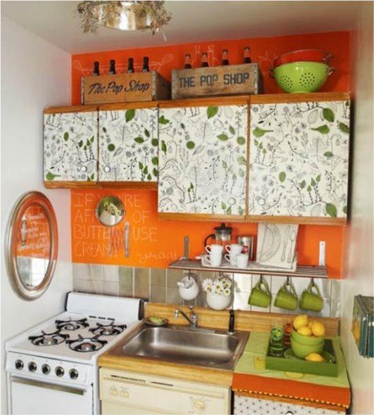 Обновленные фасады кухни с помощью пленки