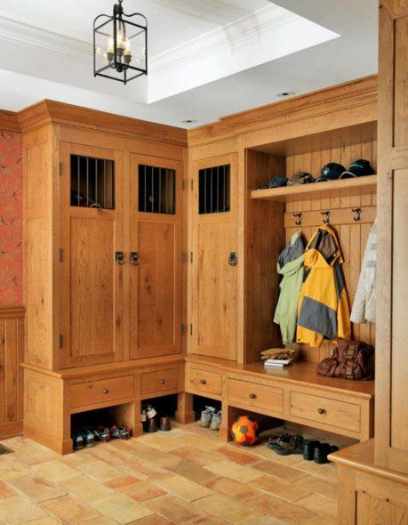 Очень прочный угловой шкаф