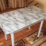 Пленка для стола, имитирующая мрамор