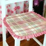 Подушка на сиденье из ткани