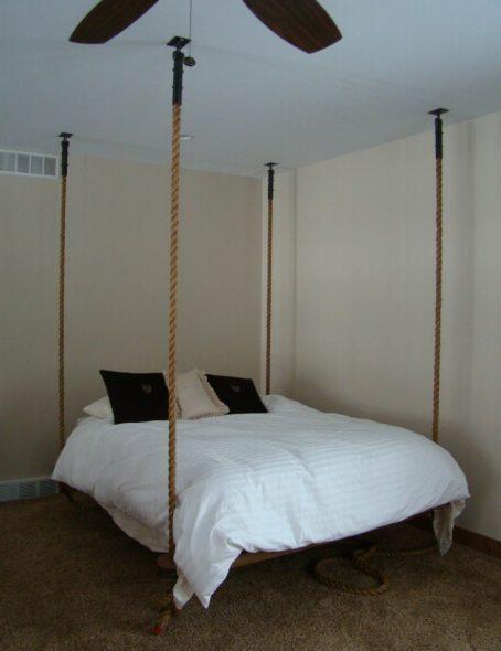 Прямоугольная подвесная кровать