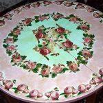 Шикарный стол с розами своими руками