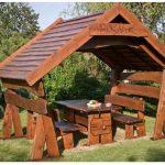 Стол для беседки, сделанной своими руками из дерева