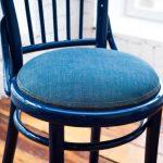 Венский стул с новым джинсовым сиденьем