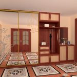 Большой зеркальный шкаф-купе с открытыми вешалками для коридора