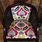 Декор мягкой части стула