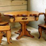 Долговечная красивая мебель ручной работы
