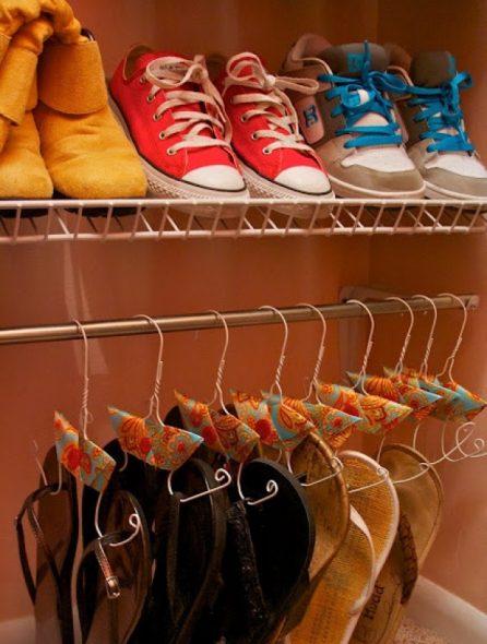 Специальные вешалки для обуви