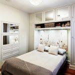 Кровать и шкаф в стену для спальни