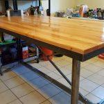 Кухонный стол промышленного дизайна