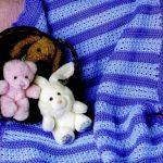 Сине-голубое покрывало для малыша
