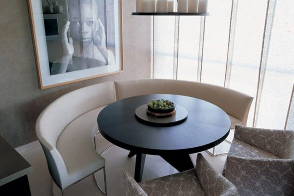 Модели столов без острых углов