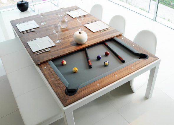 Необычный обеденный стол