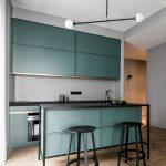 Потолок в стиле минимализм не должен нагружать интерьер и быть громоздким