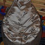 Самодельное кресло-мешок с цветами