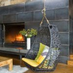 Серое подвесное кресло в стиле лофт