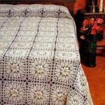 Шикарное покрывало для кровати в классическом стиле