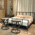 Современная мебель для спальни в стиле лофт