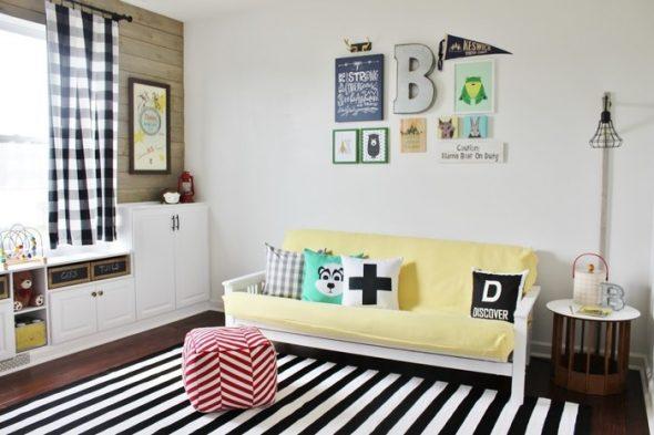 Способ декорирования дивана – эклектика