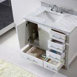 Выдвижные ящички очень удобны для использования в ванной комнате