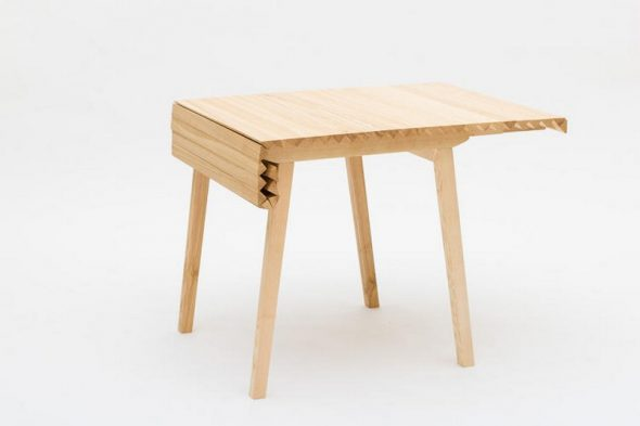 Стол с уникальной системой складывания
