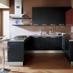 Черный и кирпичный цвета для кухни
