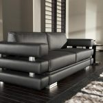 Красивый современный черный диван