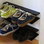 Мини-полочка для обуви в прихожей