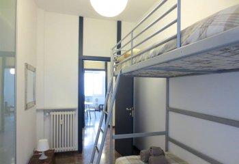 Односпальные металлические кровати