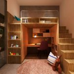 Оформление спального, рабочего места и места для хранения в одном углу комнаты